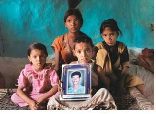 árván maradt indiai gyerekek